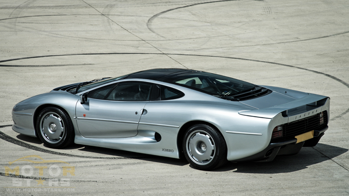 Jaguar XJ220 Investment Article Buyers Guide-11